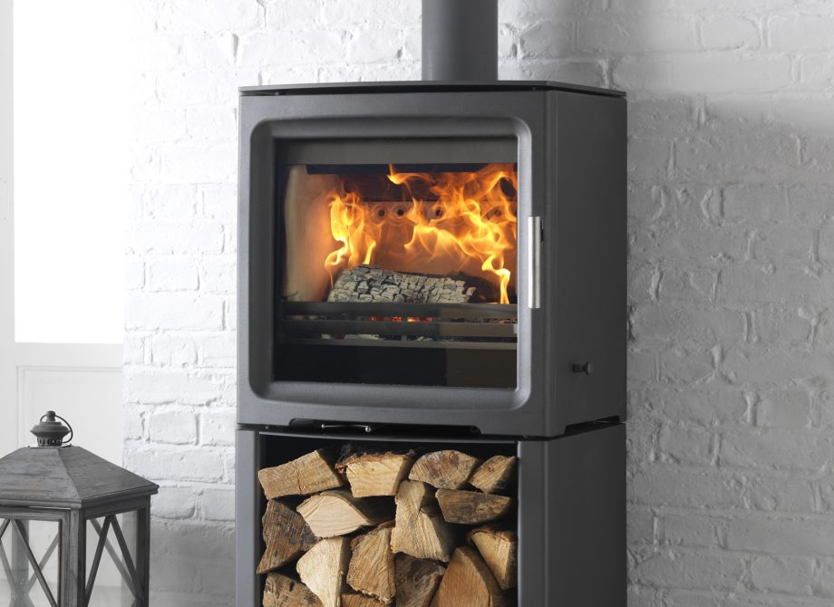Pv5 W Freestanding Stove On Log Store